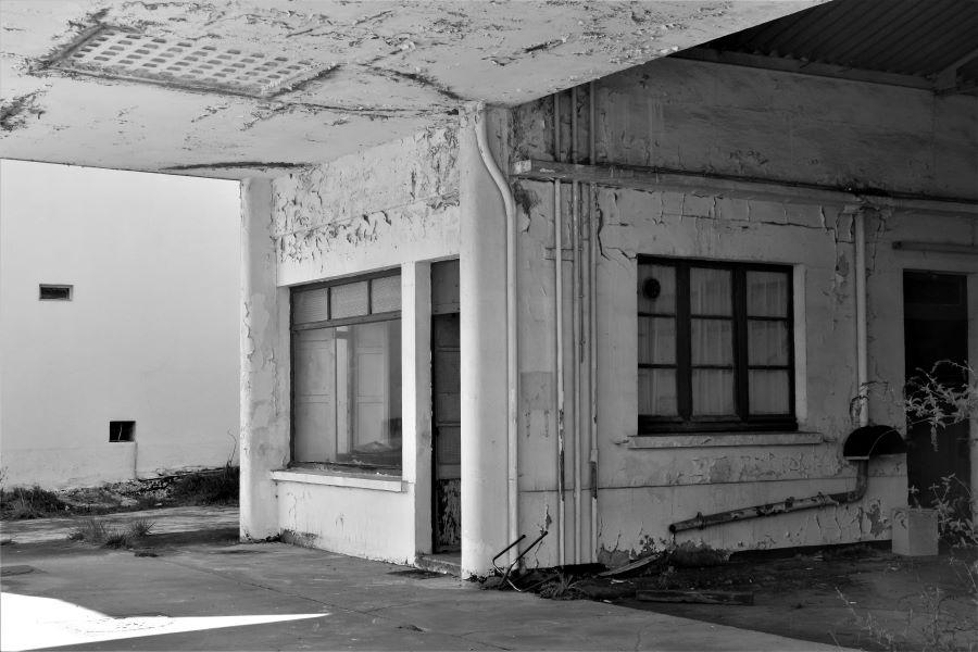 Garage abandonnée - Aveyron