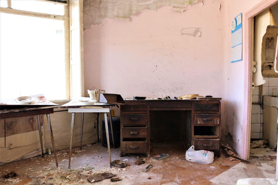 Garage abandonnée - Urbex - Aveyron